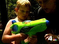 Hydro-X-Blaster switch adapted Water Pistol.